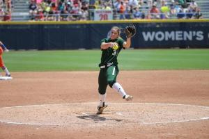 Heather Stearns makes her first postseason appearance of the 2014 season against Florida in WCWS (Baylor Softball / Twitter)