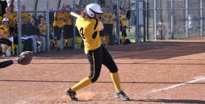 southwestern-softball-Scott