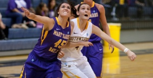 Southwestern senior forward Annie Bourne was selected as the conference player of the week after capturing the all-time SCAC career rebounding mark over the weekend. (Southwestern Athletics photo)